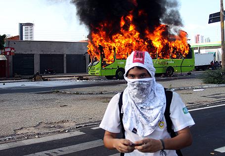 Protesto em Teresina (Piauí) em 2011 que reverteu o aumento da passagem.
